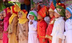 Permalink to RA Makrifatul Ilmi Gelar Haflah Akhirussanah & Wisuda Iqra
